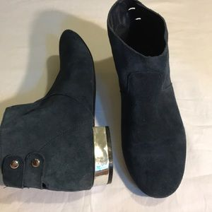 Very Volatile Los Angeles Blue Leather Ankle Boots